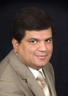 Raj Narang Headshot
